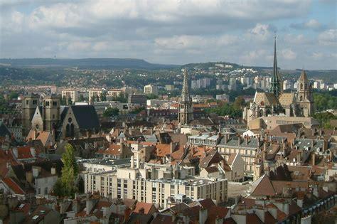 File:Vue panoramique de Dijon 05.jpg - Wikimedia Commons
