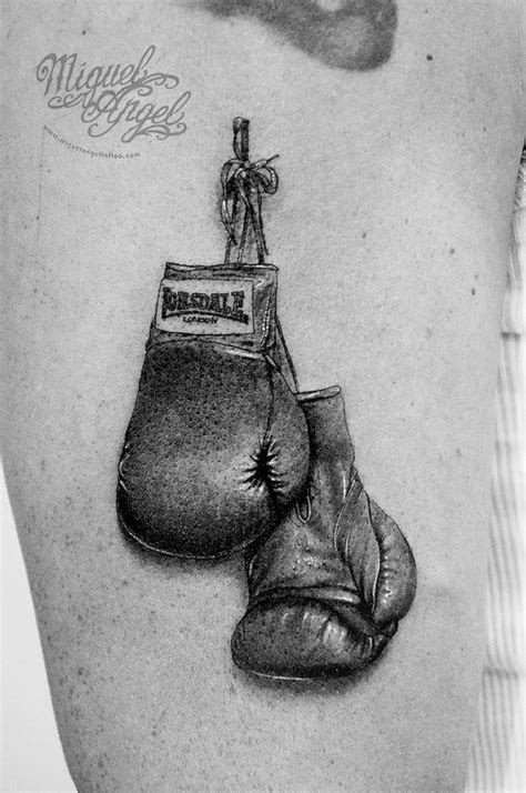 25 best Guantoni box images on Pinterest | Beautiful, Felicia and Future tattoos