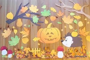 Herbst Dekoration Fenster : herbstliche fensterdekoration bl tter k rbis igel ~ Watch28wear.com Haus und Dekorationen