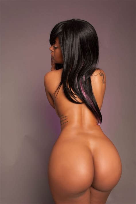 Morphed Babes Round Asses