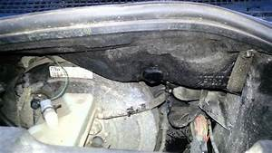 Renault Megane Water Drip