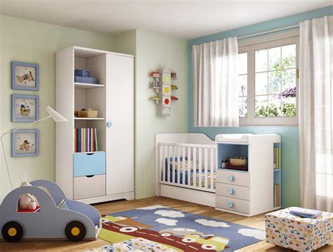 pouf pour chambre chambre bébé garçon lit évolutif bleu glicerio so