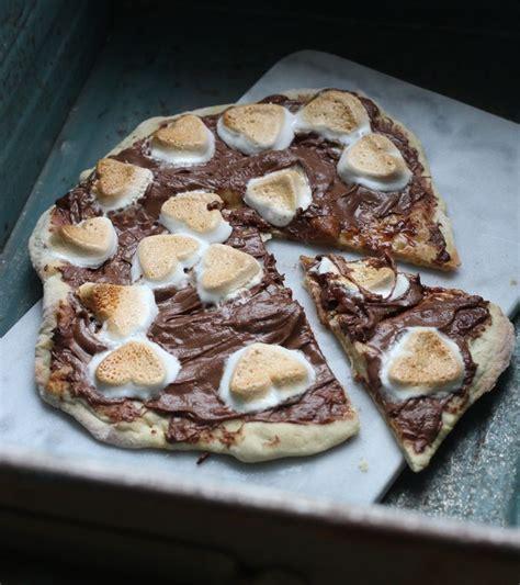 nutella dessert pizza recipe de 25 bedste id 233 er inden for nutella pizza p 229 nutellaopskrifter nutella og nutella