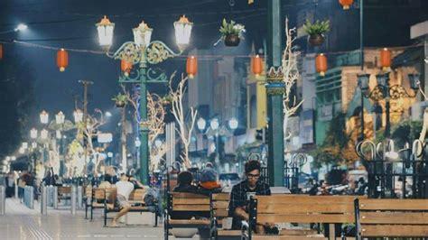 spot wisata malam hari  yogyakarta mulai  jalan
