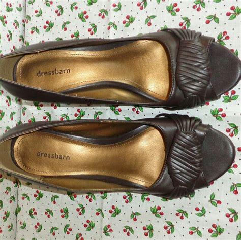 dress barn shoes 82 dress barn shoes dressbarn euc brown peep toe