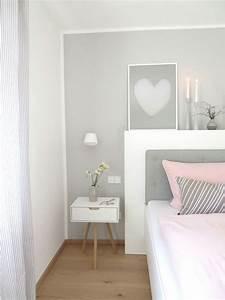 Bild Rosa Grau : schlafzimmer und b ro in einem raum ~ Frokenaadalensverden.com Haus und Dekorationen