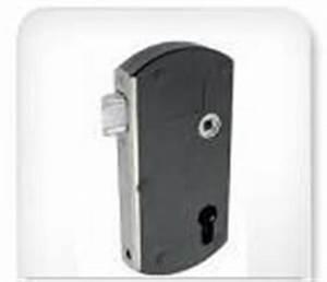Serrure Portail Pvc : serrure portillon ~ Edinachiropracticcenter.com Idées de Décoration