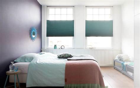verduisterende rolgordijnen in de dag raambekleding voor in je slaapkamer bece