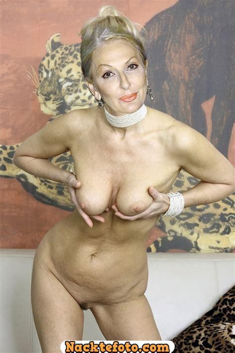Désirée Nick Zeigt Ihre Nackt Archive Galerie Nr 1