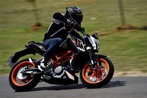 Ktm Motorcycle Manuals  2015 Ktm Duke 390 Service Repair