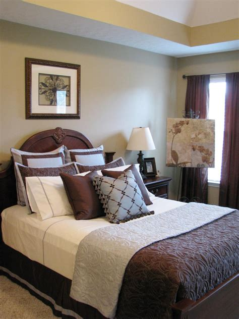 Bedroom Blue And Brown by Bedrooms On A Budget Our 10 Favorites From Rate My Space