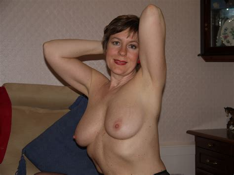 Sexy British Mature Exposed 1 3  Porn Pic From Mature