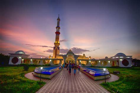 File:Guthia mosque,Barisal.jpg - Wikimedia Commons