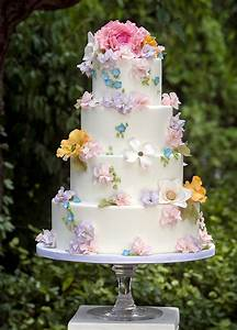Top 15 Wedding Cake Designs For Spring Cheap Easy