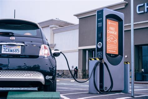 Five Cities Get Free Electric-car Charging Stations At