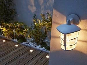 éclairage Escalier Extérieur : tout savoir sur l 39 clairage ext rieur leroy merlin ~ Premium-room.com Idées de Décoration