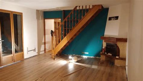 renovation canapé cuir quel style avec cette couleur de mur parquet