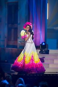 Miss Universe 2014: Contestants Dazzle in National Costume ...