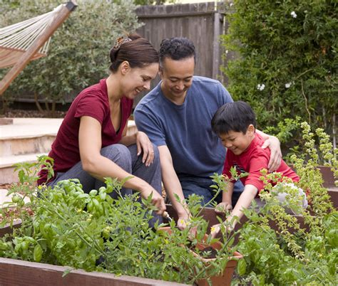 Garden Family by How Does Your Garden Grow Tutordoctorwny01