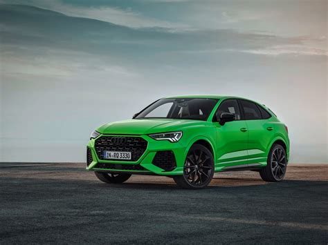 An especially athletic variation is the audi q3 sportback, which combines the emotional appeal of a coupé with the functionality of an suv. Zo krachtig zijn de Audi RS Q3 en RS Q3 Sportback