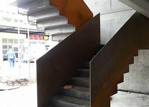 Stahltreppe Mit Holzstufen : stahlbau schlosserei und schmiede leippert in engstingen ~ Michelbontemps.com Haus und Dekorationen