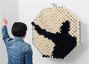 Interactive fur mirror dont worry no pandas were for An interactive fur mirror by daniel rozin