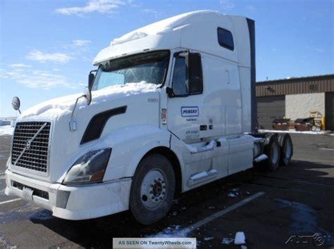 2011 volvo semi truck 2011 volvo vnl64t670