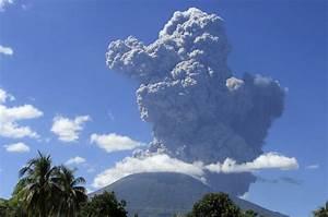 Chaparrastique Volcano In El Salvador Erupts Forcing Thousands To Flee