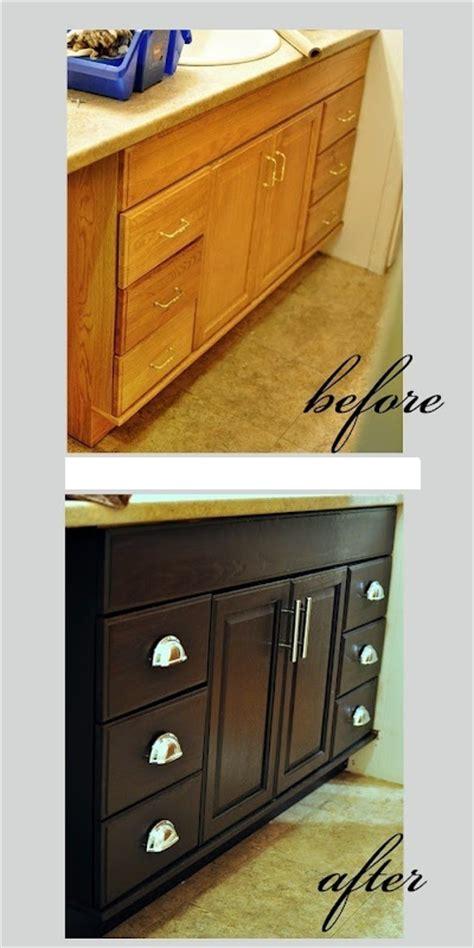 peinture pour repeindre meuble de cuisine meuble en bois repeint avant apres 10 bricobistro