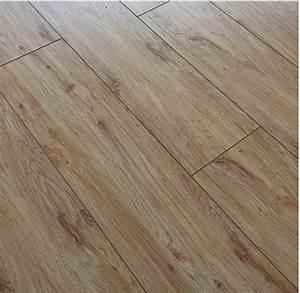 Laminat V Fuge : laminat pangistep eiche woodstructure v fuge 8 3 mm ac5 ~ Lizthompson.info Haus und Dekorationen