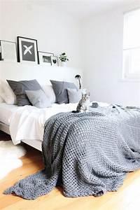 Bett An Der Decke Befestigen : ber ideen zu dunkle decke auf pinterest gestrichene decken graue decke und haus stile ~ Bigdaddyawards.com Haus und Dekorationen