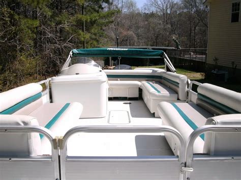 Hurricane Deck Boat Replacement Seats by Best 25 Hurricane Deck Boat Ideas On Deck