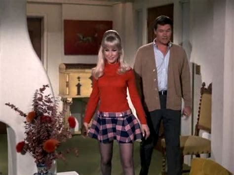 Retrospace: Mini Skirt Monday #198: I Dream of Jeannie ...