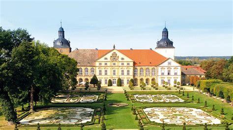 Ist mit etwa vier millionen einwohnern das sechstgrößte bundesland. Sachsen-Anhalt Reiseland vom Harz bis zur Elbe auf ...