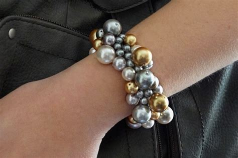 Homemade Beginner Jewelry Making Project A Diy Clustered Pearl Bracelet · How To Make A Pearl Tiffany Jewelry Color Harrods Dish Bridal Calgary On Rent In Mumbai Gold Indian Kundan Full Set Diy