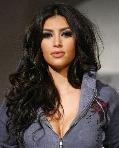 Hourglass Silhouette   Kim kardashian, Cabello, Kardashian