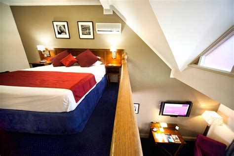Accommodation Canberra  Deluxe Loft Room  Mercure Hotel