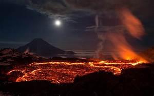 Hot Lava Of Volcano Wallpaper Hd 3840x2160   Wallpapers13 Com