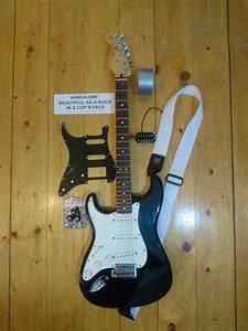 Kurt Cobain Vandalism Strat Guitar Build