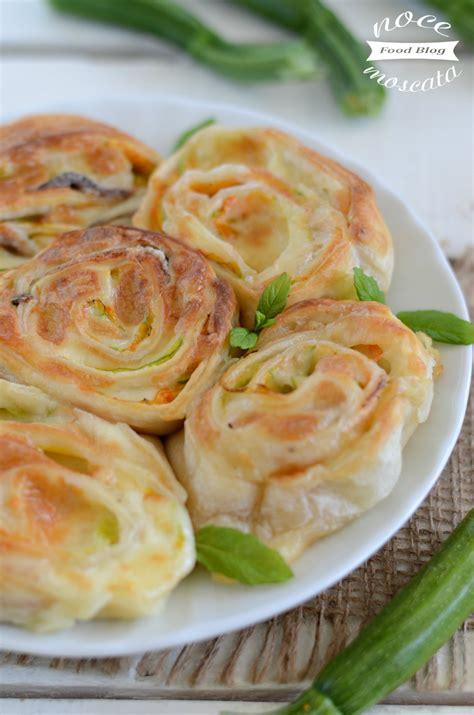 fiori di zucca con mozzarella sfoglia fiori di zucca e mozzarella con alici ricetta veloce