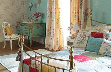 Vintage Bedroom Decorating Ideas by 20 Vintage Bedrooms Inspiring Ideas Decoholic