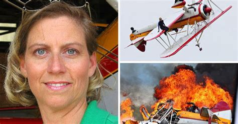 wing walker crash stuntwoman  pilot killed  front
