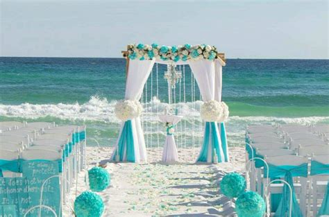 planning for a beach wedding 5 things you should have in