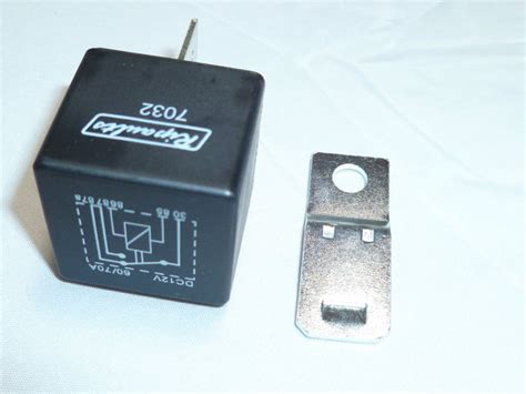 5 Pin Automotive Type 12volt 70 Amp Relay (7032)