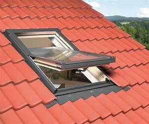 Rehausse Velux Toit Faible Pente : comment choisir ses fen tres de toit ~ Nature-et-papiers.com Idées de Décoration