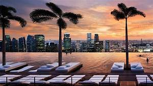 5 Best Rooftop Infinity Pools in Singapore