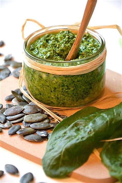 cuisiner epinard frais pesto d 39 épinards aux graines de courge et au comté épinards recettes de cuisine et potirons