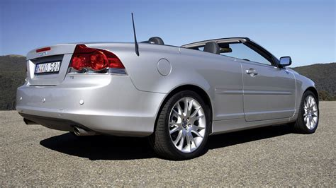 Volvo C70 2005 Au Wallpapers And Hd Images Car Pixel
