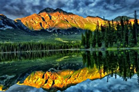 Widescreen Image by Nature Backgrounds View Widescreen Nature