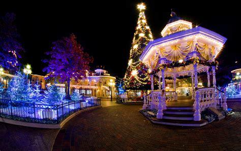 disneyland paris disneys enchanted christmas christmas